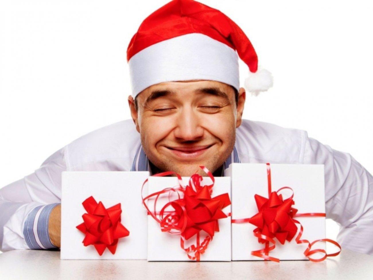 Выбираем подарок на новый год для женщин