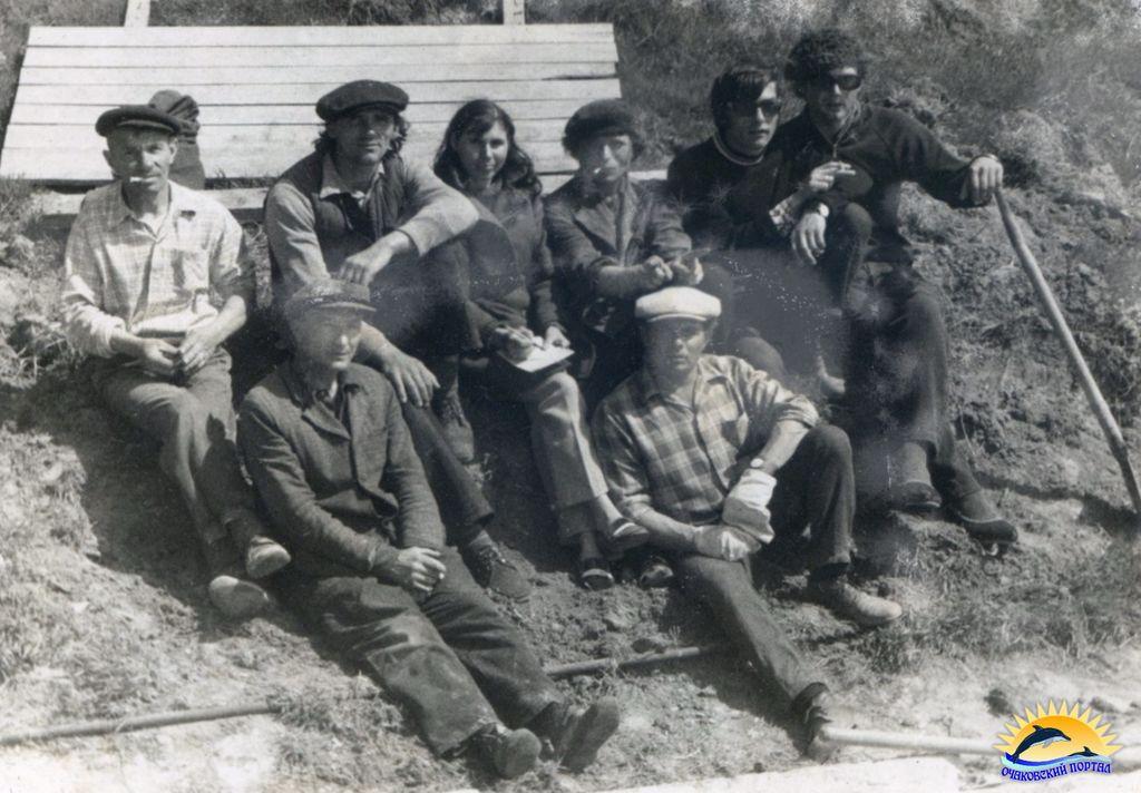 Очаков. Строительная бригада КБВХ на Аллее сказок 70-е г.г.