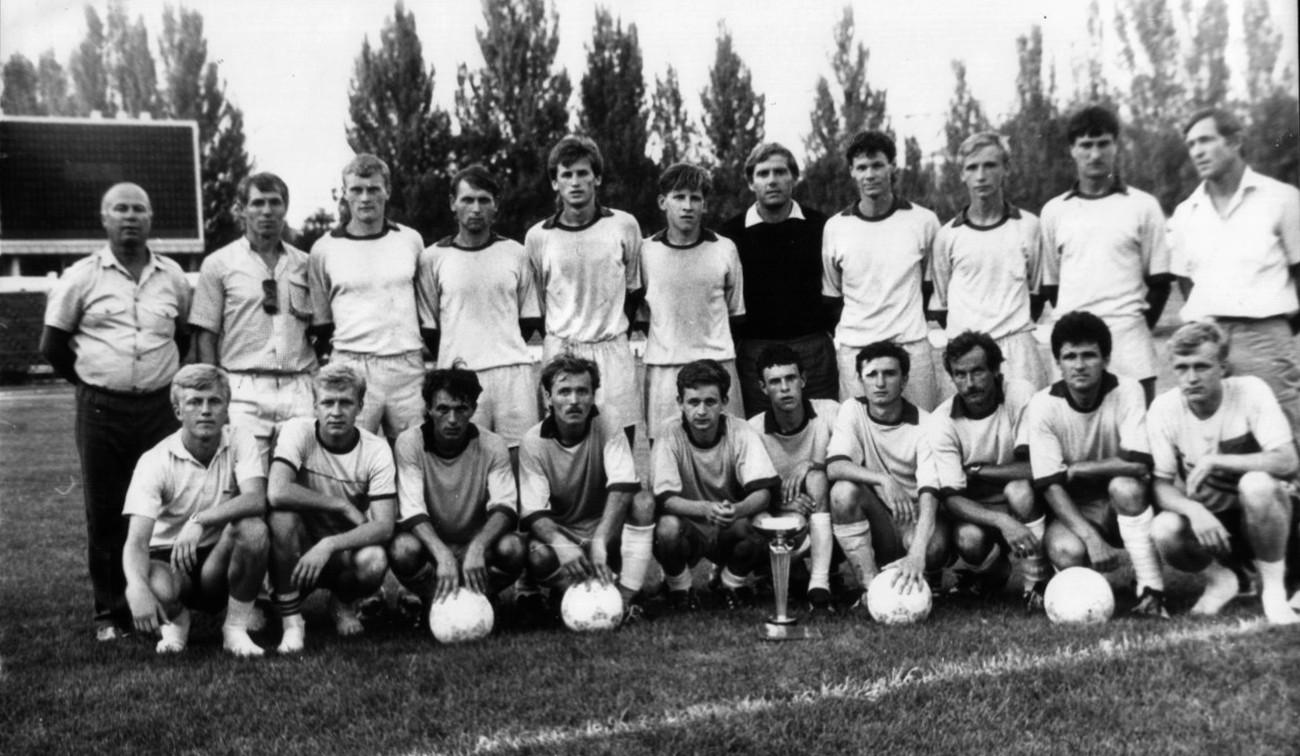 Очаковская футбольная команда «Маяк» 1988 г.