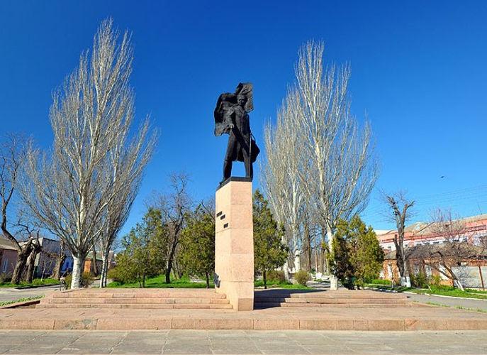 Очаков. Памятник П.П.Шмидту